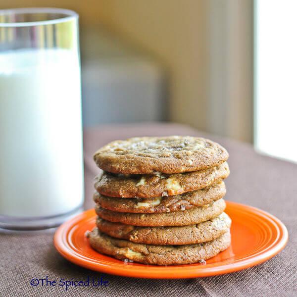 Espresso White Chocolate Chunk Cookies: #ChocolateParty